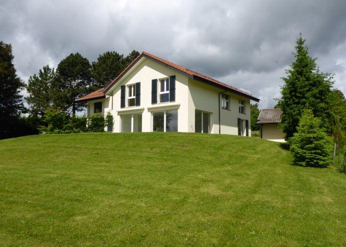 Belle villa jumelle avec vue lac et montagnes
